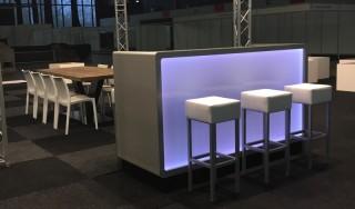 Rechte LED Bar Huren: Comida Bar